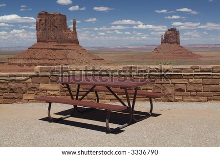 Outdoor restaurant dining table in sun series 21