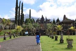 Outdoor view of Besakih Temple.