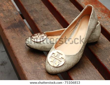 outdoor women shoes