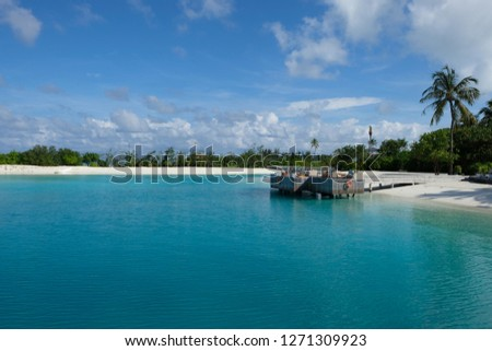 Free Photos Beautiful Tropical Island In Maldives Under And Above