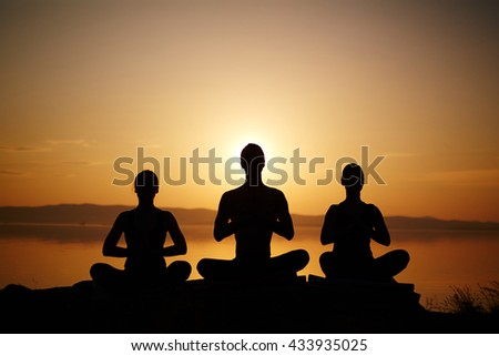 Outlines of meditating people