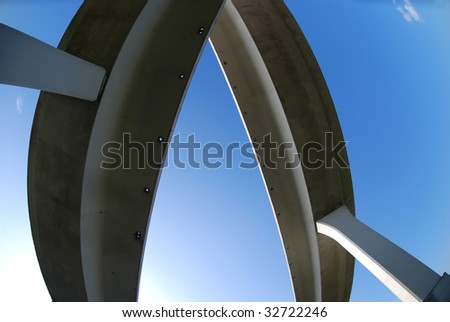 overhead expressway