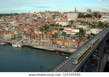 Overview of Porto from the Monastery of the Sierra del Pilar (Vila Nova de Gaia), along the Duero River that divides the two locations in northern Portugal to the Atlantic Ocean. Portugal