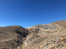 Owen's valley California geology, syncline and evaportite lake