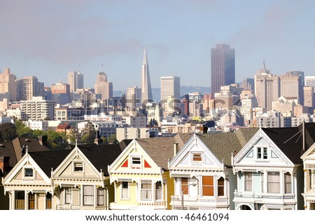 Painted Ladies and San Francisco skyline