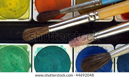 Painting tools colour palette and brushes - (16:9 ratio)