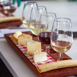 Paired wine and cheese flight