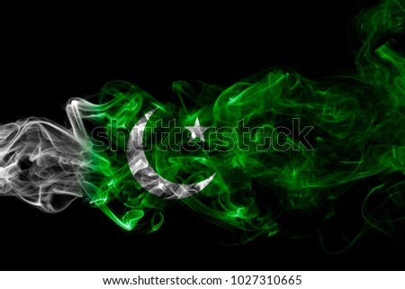 Pakistan smoke flag