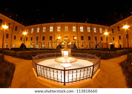 Palace by night