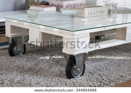 Pallet furniture with wheels