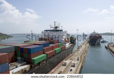 Panama Canal passage through Gatun Locks