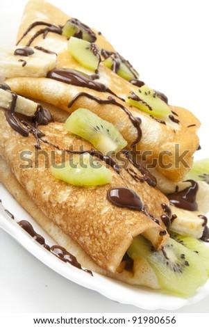 pancakes with kiwi and banana