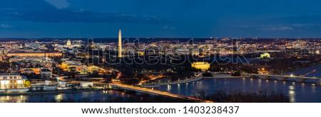 Panorama Aerial view of Washington DC cityscape from Arlington Virginia USA. Foto stock ©
