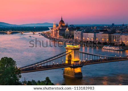 Panorama of Budapest, Hungary, with the Chain Bridge and the Parliament Stock fotó ©