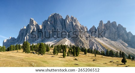 Panorama of Geisler mountains, Val di Funes, South Tyrol, Italy Stock photo ©