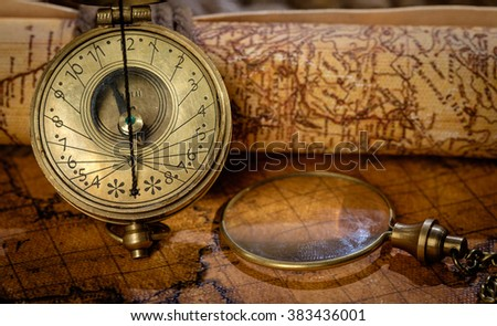 Free photos travel geography navigation concept background panorama of old vintage retro compass on ancient world map vintage still life travel gumiabroncs Images