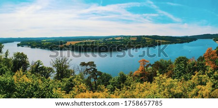 panorama of the baldeney lake in Essen, Germany - with sailing boats Stock foto ©