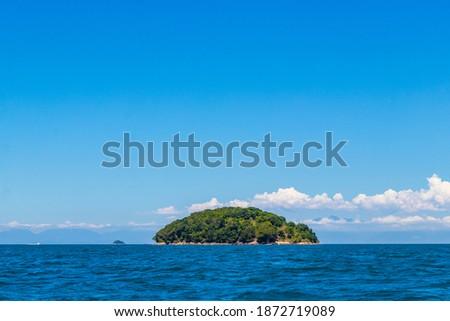 Panorama of tropical islands Ilha Grande in Angra dos Reis, Rio de Janeiro, Brazil. Foto stock ©