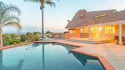 Panorama Wonderful views in southern California home with a pool and barbeque