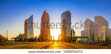panoramic view at the potsdamer platz while sunset Stock foto ©
