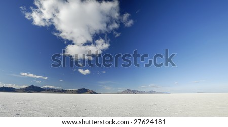 Panoramic view of Bonneville Salt Flats in Western Utah