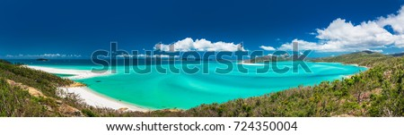 Panoramic view of the amazing Whitehaven Beach in the Whitsunday Islands, Queensland, Australia #724350004
