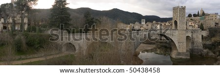 Panoramic view of the Besalu's bridge