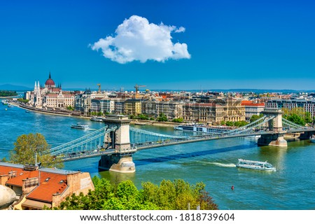 Panoramic view of the Danube River and the Old Town of Budapest with Chain Bridge and Parliament Сток-фото ©