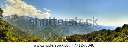 Panoramic view of the mountains in Sequoia National Park