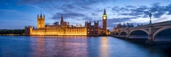 Panoramic view of the Palace of Westminster and Big Ben