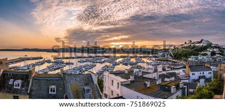 Panoramic view of Torquay harbour at sunset, Devon, England. High resolution ストックフォト ©