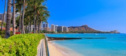 Panoramic view of Waikiki Beach and Diamond Head in Honolulu, Hawaii, USA
