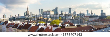 Panoramic view of Warsaw in a summer day n Poland Foto stock ©