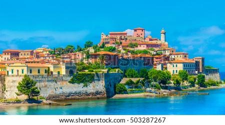 Panoramic view over Portoferraio town of  isola d'Elba, Elba island in Tuscany region, Italy. Foto stock ©