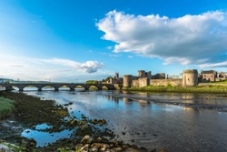 Panoramic view to King John's Castle, Limerrick, Eire