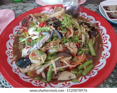 Papaya salad, crab, fresh shrimp, spicy, delicious, delicious
