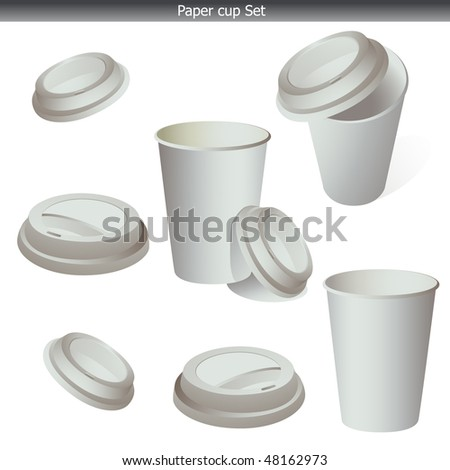 Paper coffe cup set with lid isolated on white