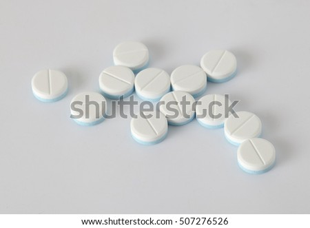 paracetamol on grey background #507276526