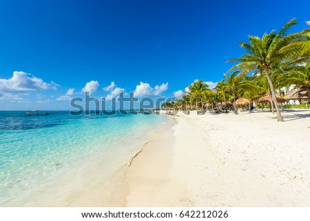 Shutterstock Paradise beach at caribbean coast of Mexico - Quintana Roo, Cancun - Riviera Maya