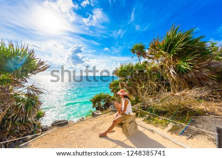Paradise Scenery of Tulum at tropical coast and beach. Mayan ruins of Tulum, Quintana Roo, Mexico.
