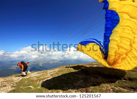 Paragliders prepareing for the flight