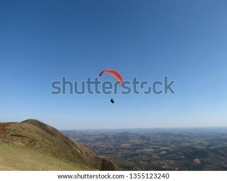Paragliding in Serra da Moeda, Belo Horizonte, Brazil