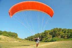 paragliding parachuting air sport