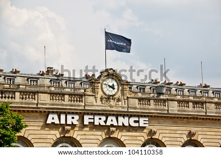 PARIS - APRIL 14: Air France head office in Paris near Hotel Les Invalides on April 14, 2012. Air France is one of the world's largest airlines that carried 59,513,000 passengers in 2011.
