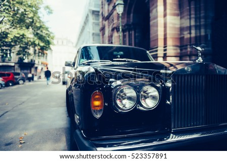 "stock photo paris france sep front view of exclusive luxury rolls royce car limousine parked in 523357891 - Каталог - Фотообои ""Автомобили"""