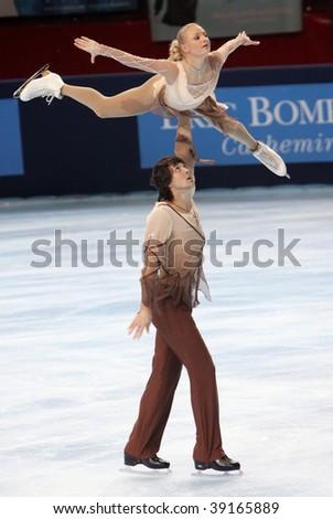 PARIS - OCTOBER 16: Maria Mukhortova and Maxim Trankov of Russia during pairs short skating event at Eric Bompard Trophy at Palais-Omnisports de Bercy October 16, 2009 in Paris.