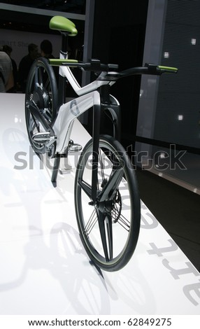 PARIS - OCTOBER 11: Smart E-Bike Concept electrically assisted hybrid bicycle at the Paris Motor Show 2010 at Porte de Versailles, on October 11, 2010 in Paris, France