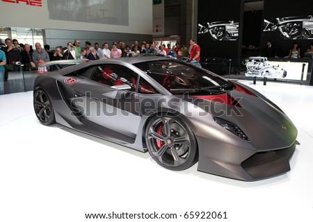 PARIS - OCTOBER 12: The Lamborghini Sesto Elemento Concept displayed at the 2010 Paris Motor Show on October 12, 2010 in Paris