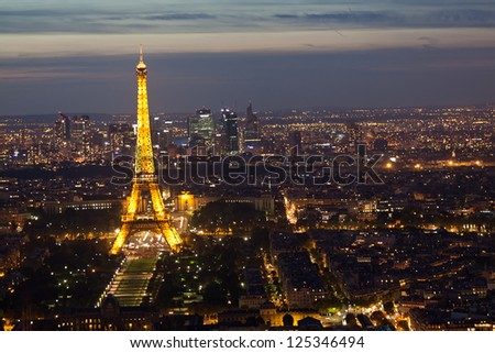 PARIS - SEPTEMBER 30: Eiffel tower at night on September 30, 2012 in Paris. Night in Paris with Eiffel tower, most visited monument of France with 200.000.000 visit