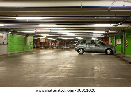 parking interior / underground garage